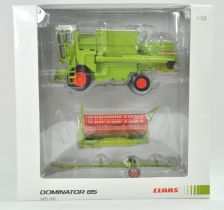 USK 1/32 Farm issue comprising Claas Dominator 85 Combine Harvester with Cab. Limited Edition of