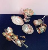 A collection of various small silver wares,