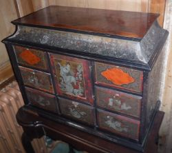 Vintage & Antique Furniture and Home Interiors Auction ONLINE ONLY - 24th & 25th March