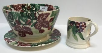 """A collection of Emma Bridgwater pottery wares to include """"Hawthorn Berry"""" pattern oval platter,"""