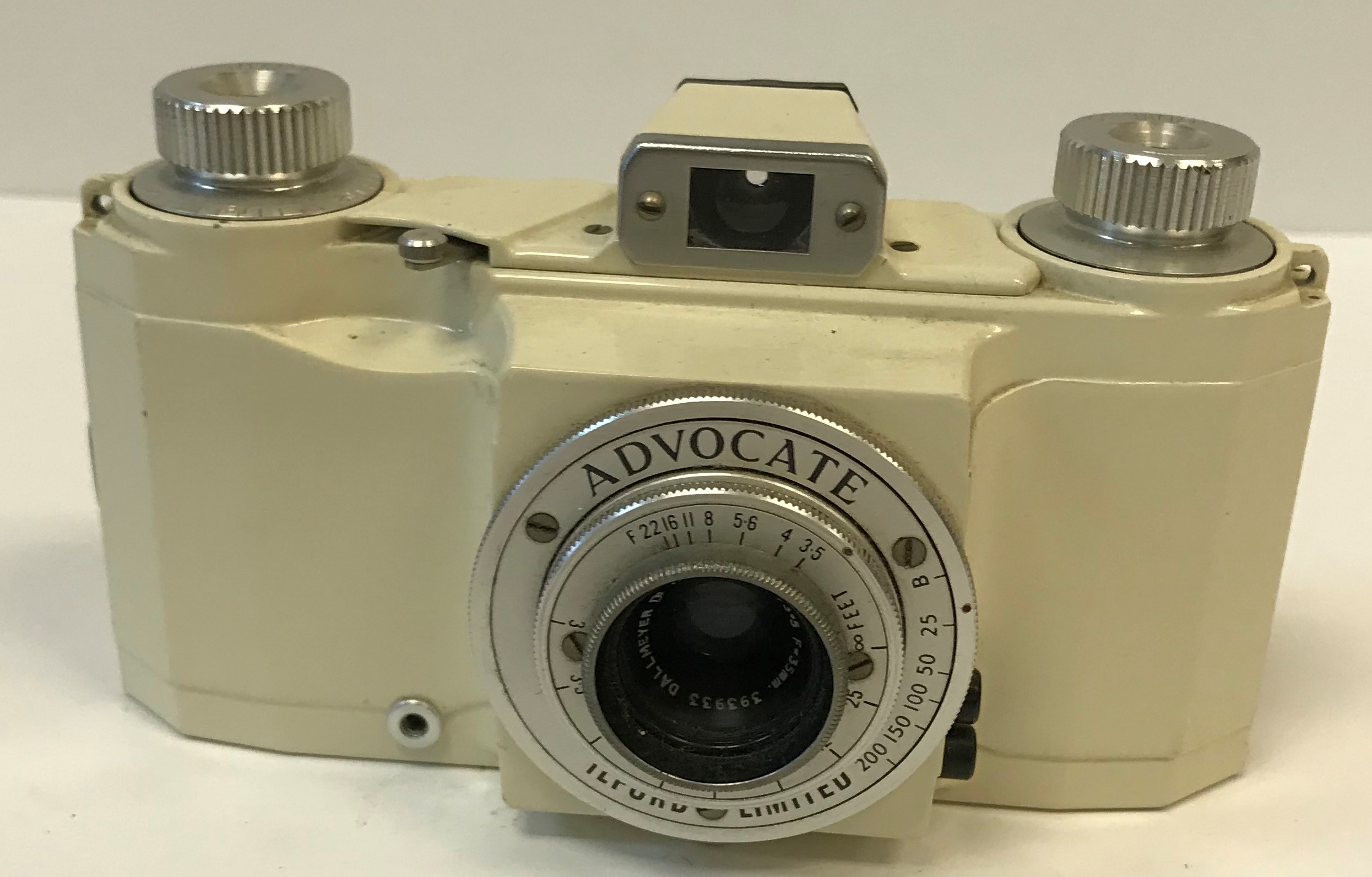 An Ilford Limited Advocate camera, cream enamelled