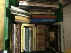 Six boxes of vintage and modern books on the subject of gardening