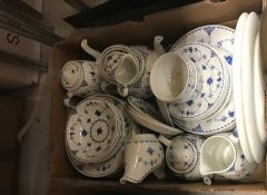 """A box containing assorted Mason's """"Denmark"""" dinner and tea / coffee wares"""