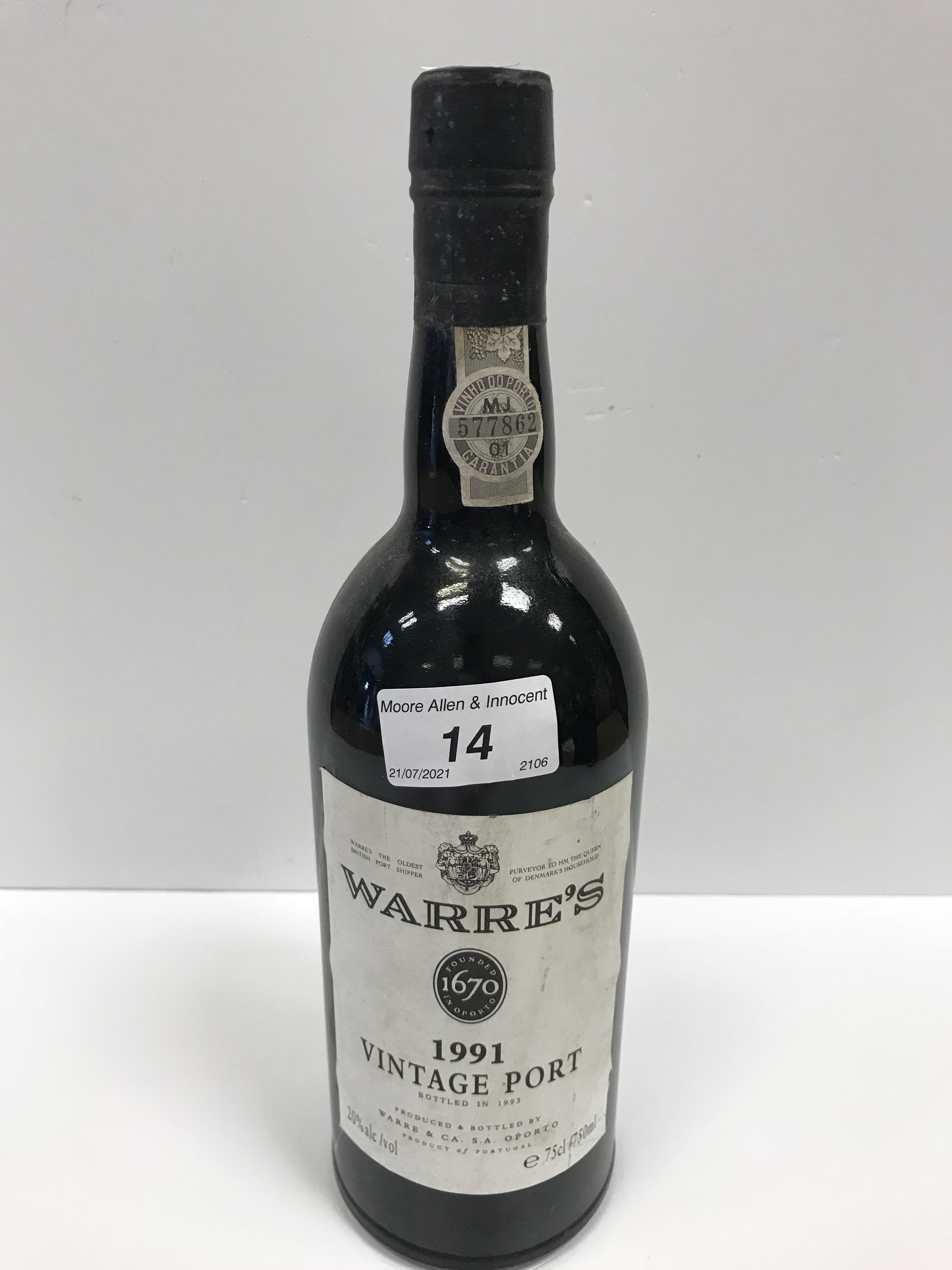 Chateau Ducru Beaucaillou Saint Julien 1995 x 1 bottle, Warre's Vintage Port 1991 x 1 bottle,