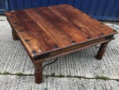 A modern teak chest of six drawers raised on a bracket foot base 103 cm wide x 43.5 cm deep x 95