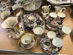 """A collection of various """"Japan"""" pattern English pottery including a Mason's Patent ironstone hydra"""