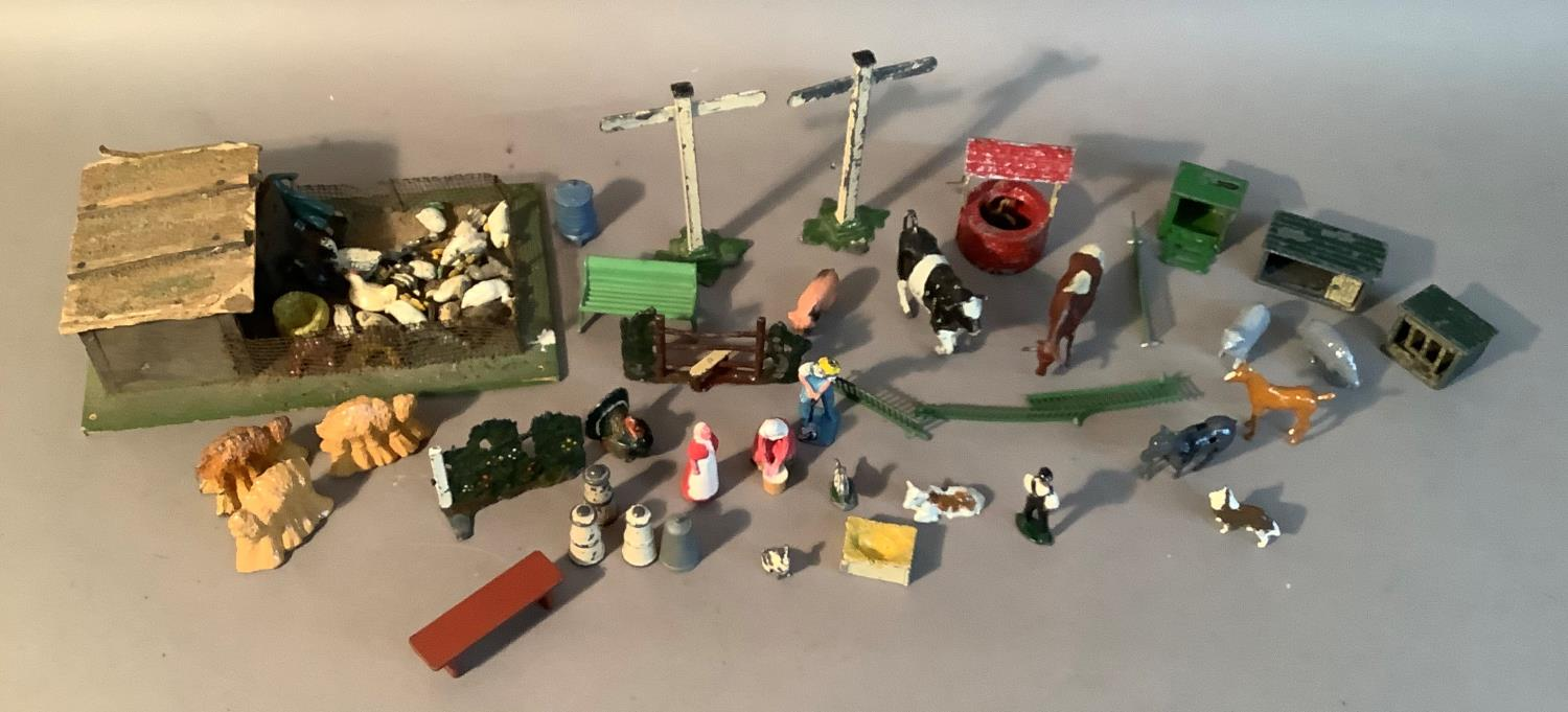 A quantity of Britain's farm yard figures and accessories to include dog kennels, chicken coops, - Image 3 of 4