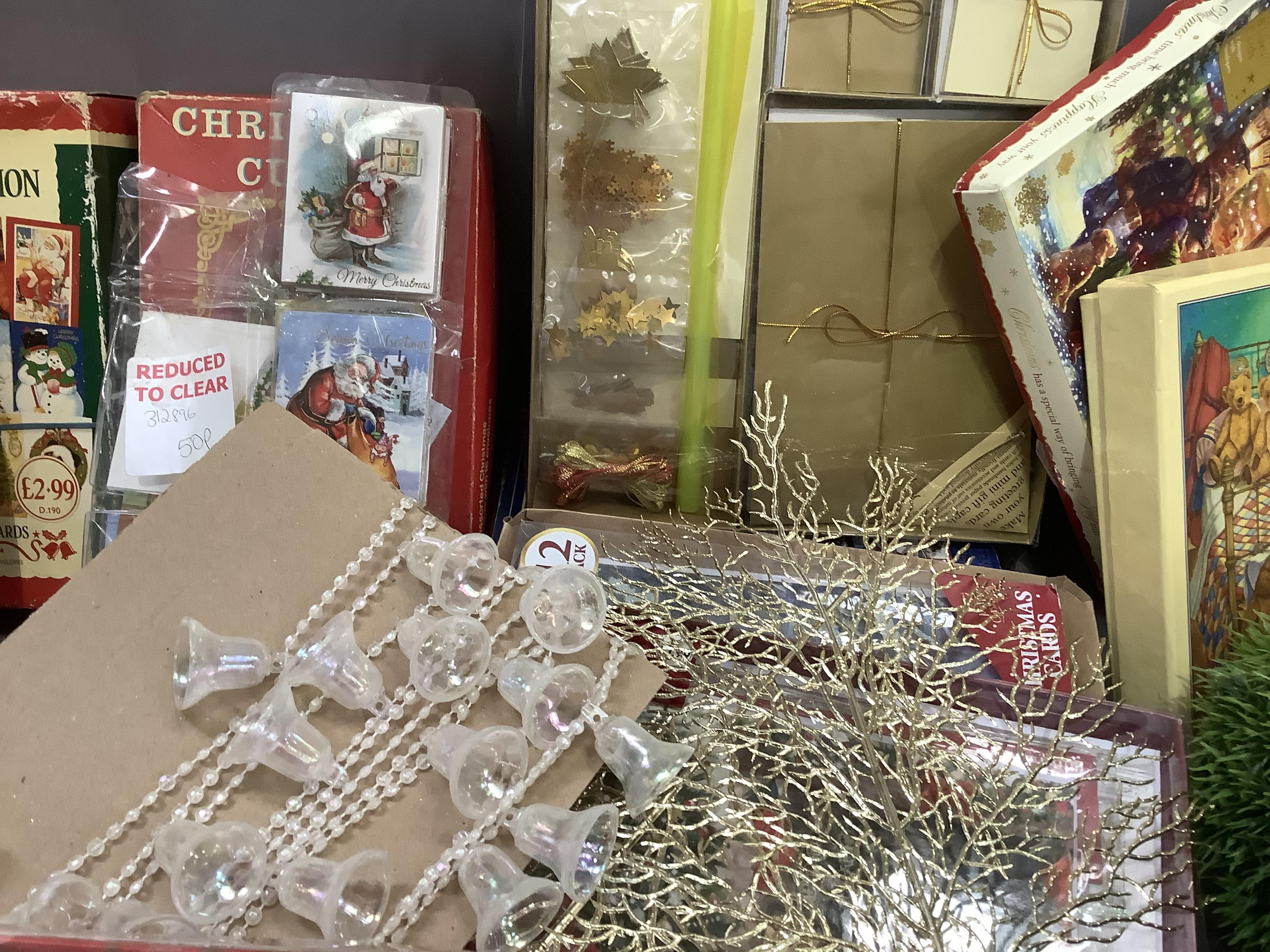A quantity of Christmas cards, Christmas decorations, cotton reels, etc - Image 4 of 4