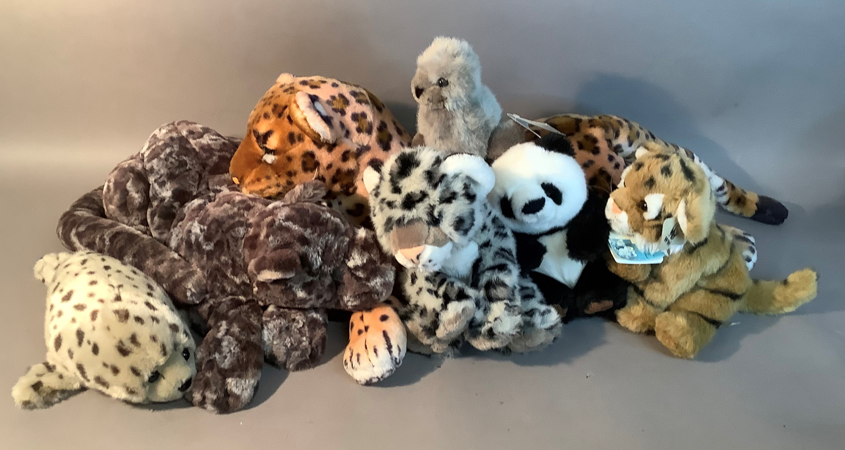 A small quantity of soft toys by Jellycat, Suma, WWF and others