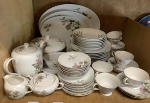 A Japanese Seyei china dinner and tea service, 3 graduated oval meat dishes, 8 dinner plates, 7 soup