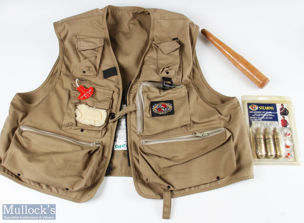 Stearns Inflatable Anglers Vest size adult large, replacement CO2 refill kit
