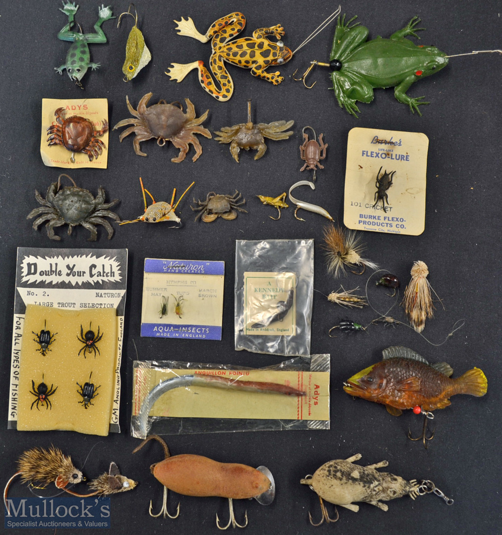 Interesting collection of artificial baits to incl crabs, frogs, mice, and other insects (30) – 6x