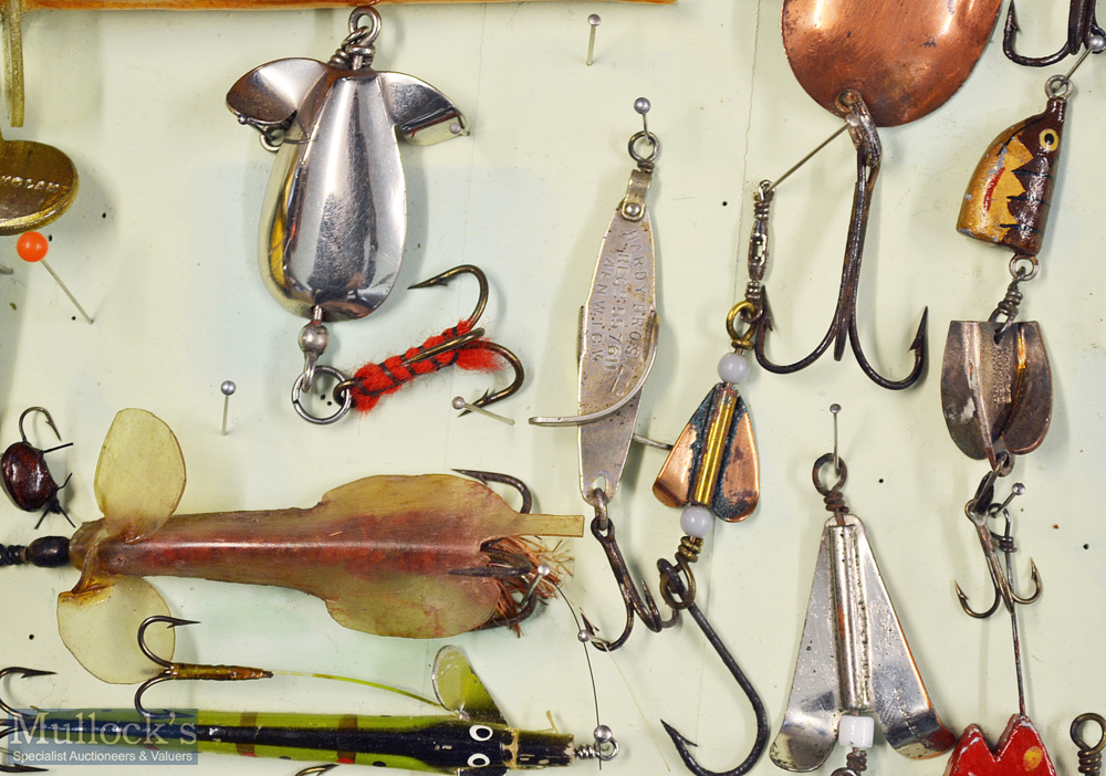 Interesting collection of various fishing lures (65) mounted in a wooden display case. Makers incl W - Image 3 of 3