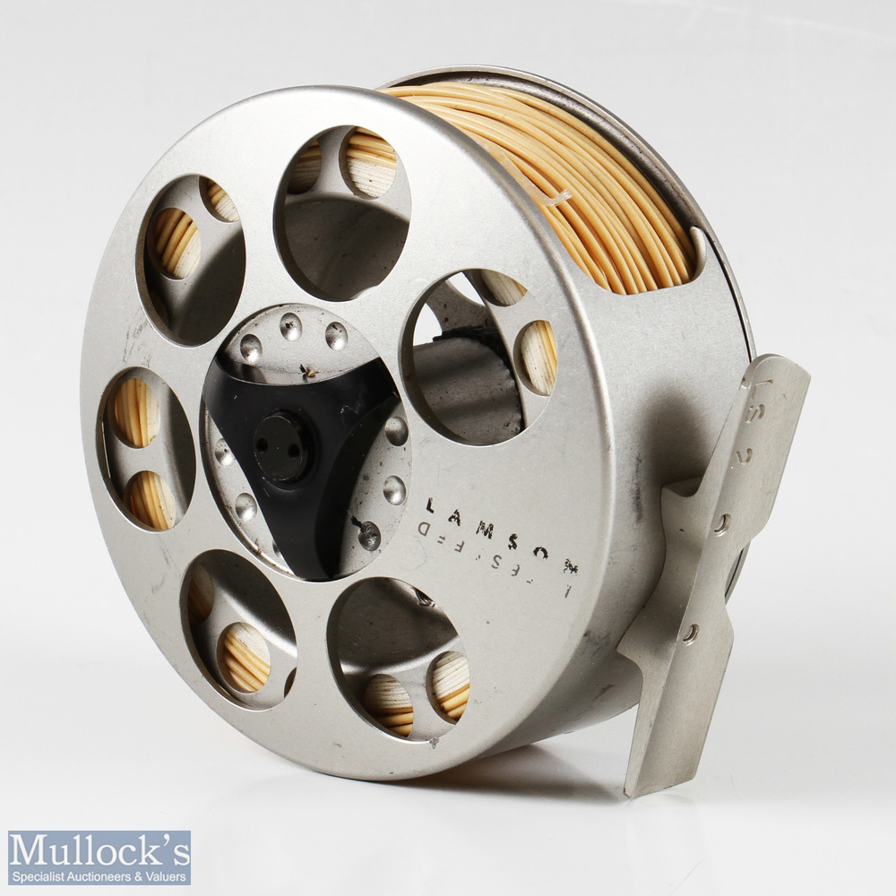 """Lamson Litespeed 3 ½"""" LS 2 fly reel in silver finish, rear drag adjuster, surface wear apparent, - Image 2 of 2"""