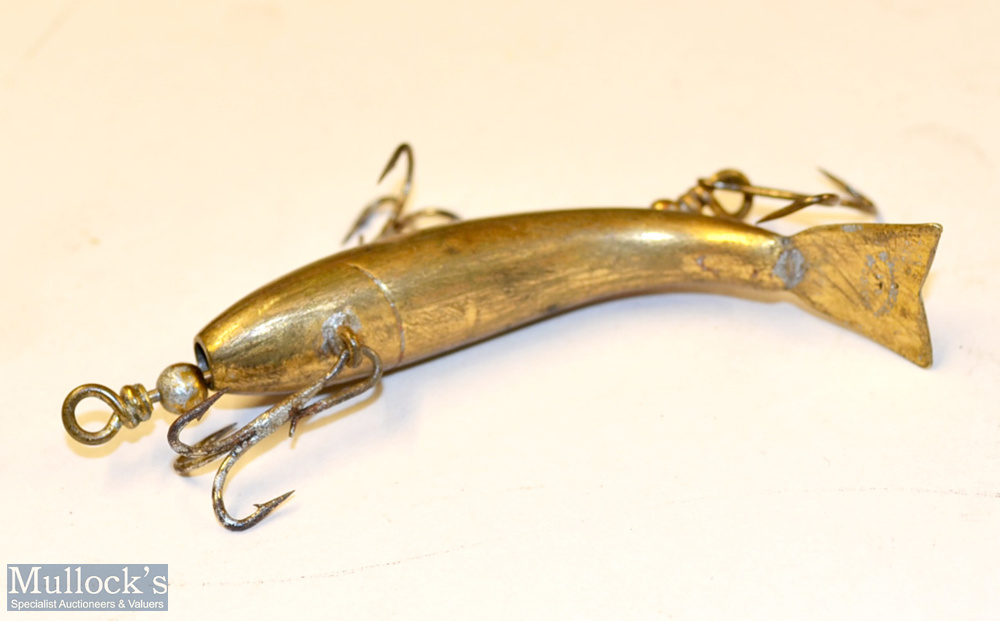 """Selection of various wiggler/tit bit style fishing lures and plug (7) – Allcocks stamped gilt """"Tit- - Image 3 of 3"""