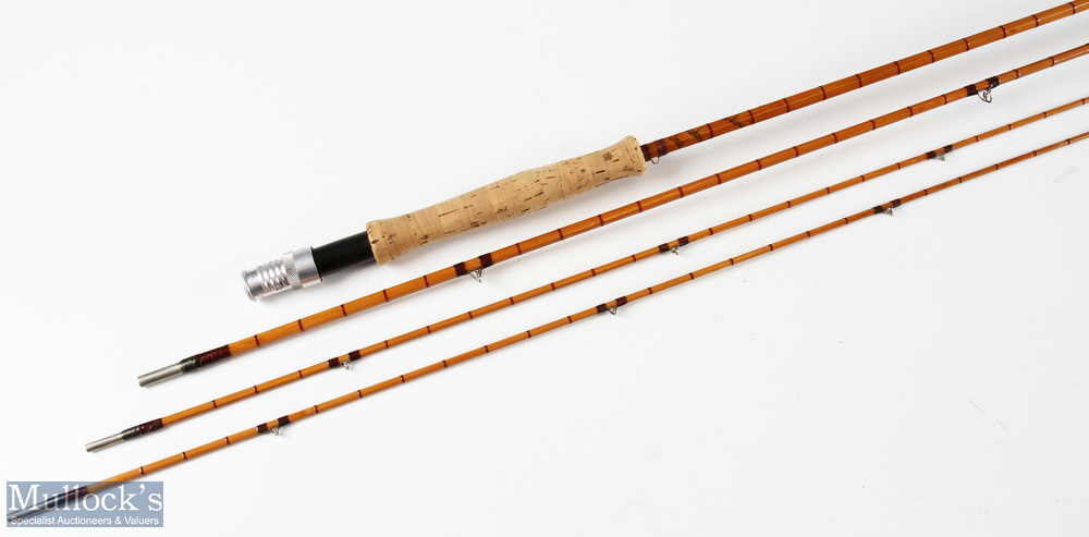 Hardy 'The De-Luxe' split cane fly rod 9ft 3pc plus spare tip, line 6 with Acorns and MCB - Image 2 of 2