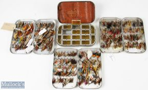 """Salmon Fly and Fly Tin Selection approx. 120 mixed salmon flies in sizes 1"""" to 2"""", with a small"""