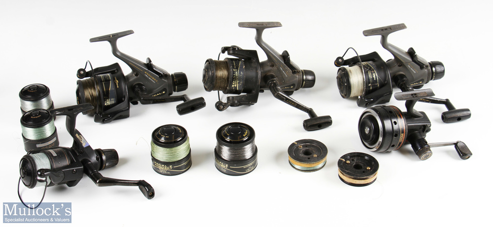 4x Various spinning reels including Shimano Aero Match III with 2x spare spools, Daiwa Regal Z