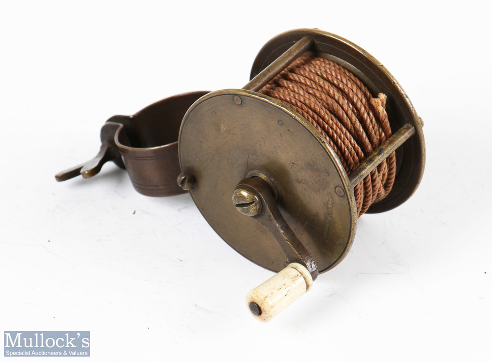 """Early 2 ¼"""" dia' all brass collar winch fly reel 1 ¼"""" wide with butterfly screw to collar fitting,"""