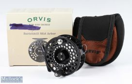 Orvis Battenkill IV mid arbour fly reel finished in black, counter balance, appears unused, with