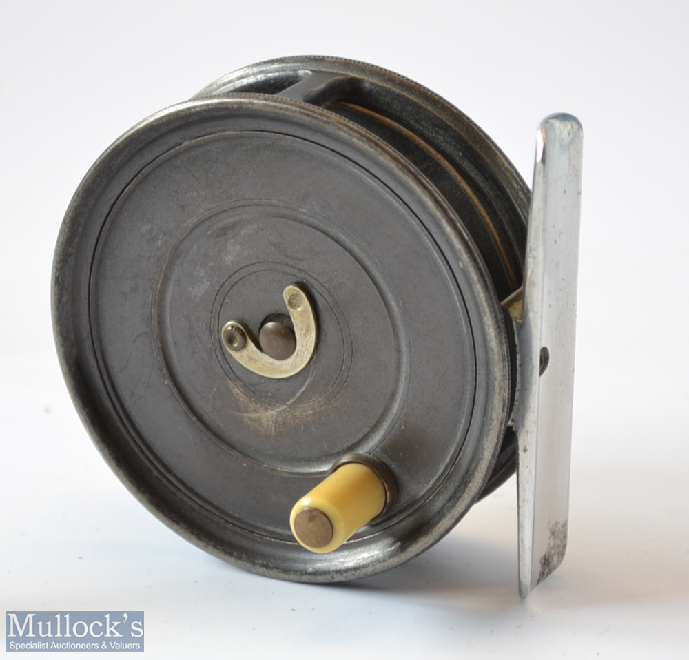 """Hardy Bros Alnwick The Uniqua 3 1/8"""" alloy trout fly reel c1920 – smooth alloy foot, single fixed"""