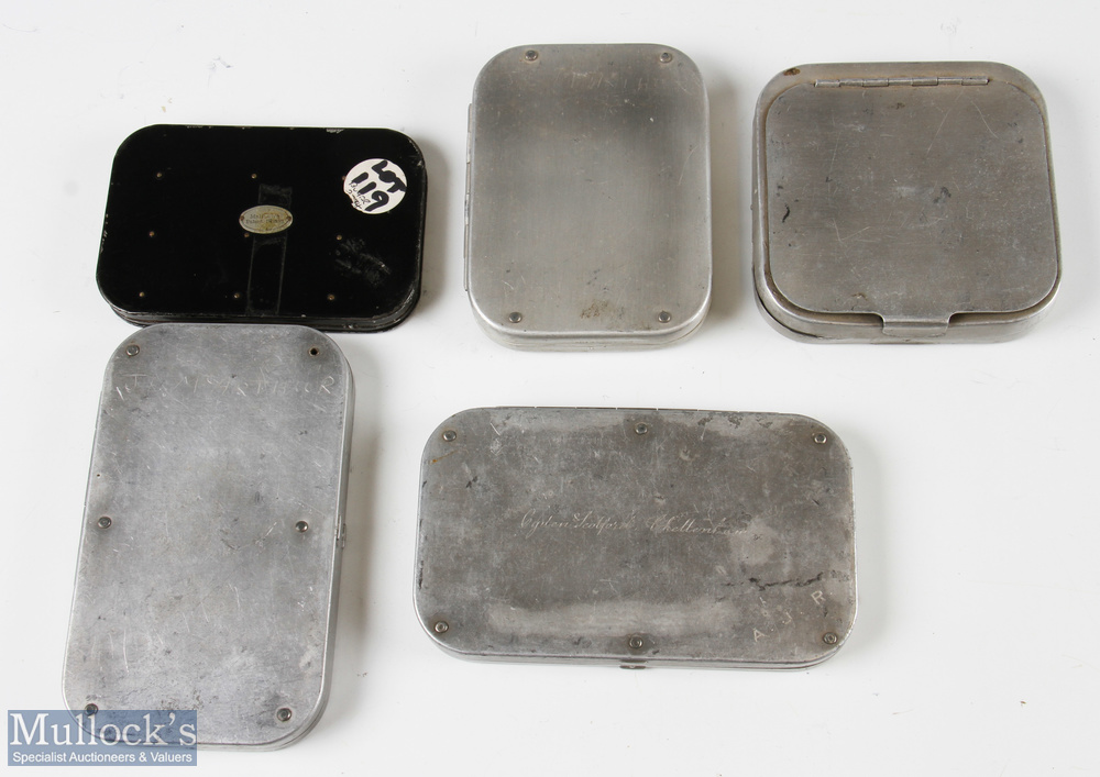 5 Alloy Fly Cases and Mixed Fly Selection 4 cases in base alloy metal with another black Japanned - Image 2 of 2