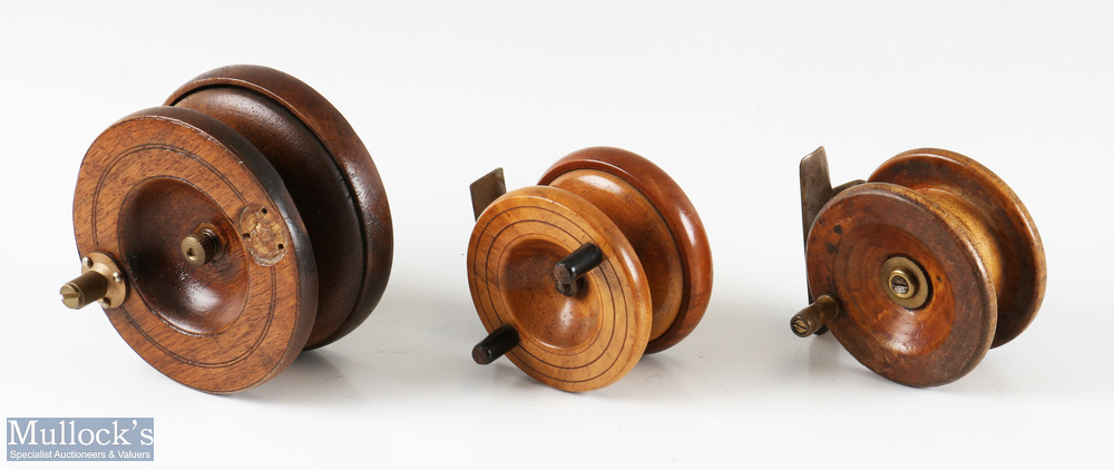 """3x Nottingham wood and brass reel incl' a 4"""" H. Matcham reel (missing handle), plus a 2 ¾"""" strapback"""