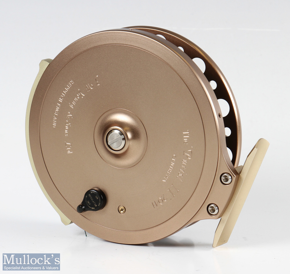 """J W Young & Sons Purist II 2041 4 ½"""" centrepin reel with twin handle, Bickerdyke line guide, - Image 3 of 3"""
