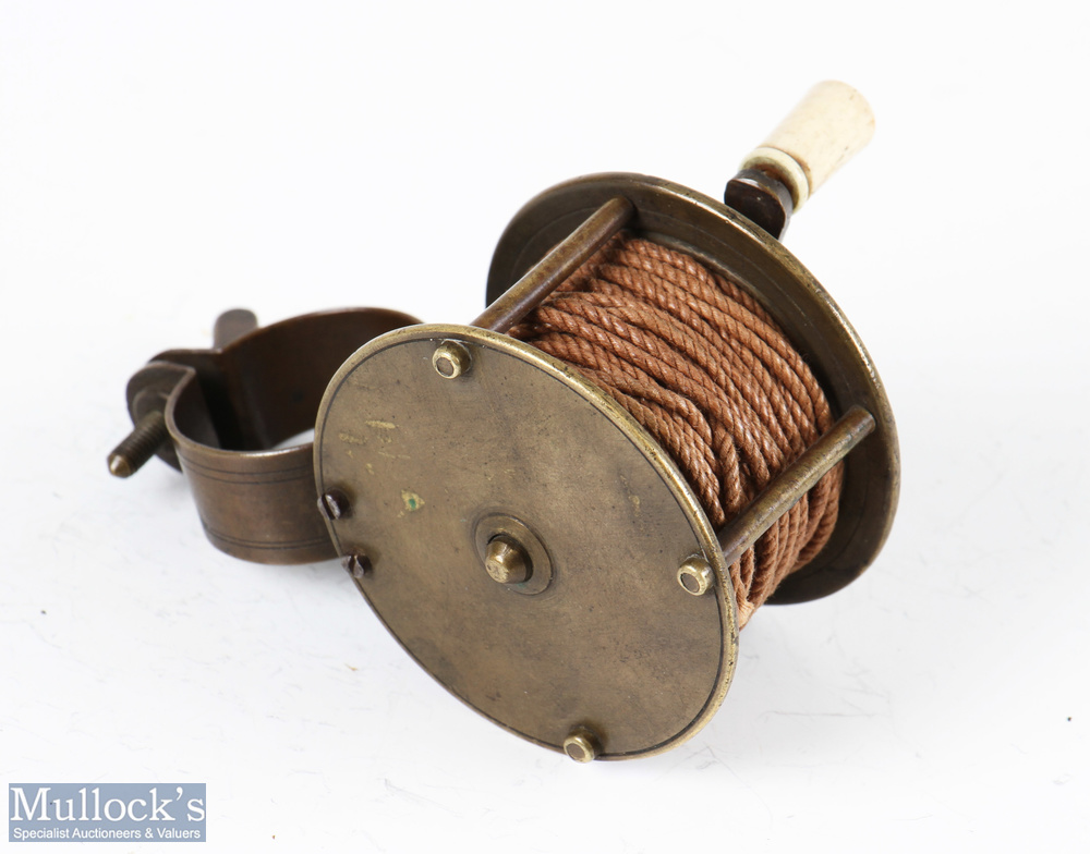 """Early 2 ¼"""" dia' all brass collar winch fly reel 1 ¼"""" wide with butterfly screw to collar fitting, - Image 2 of 2"""