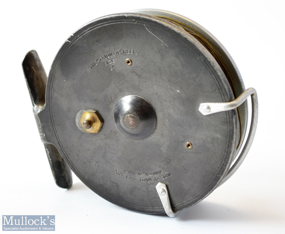 """Hardy Bros Alnwick The Triumph 4"""" alloy centre pin trotting reel c1940s – with dark leaded finish - Image 2 of 2"""