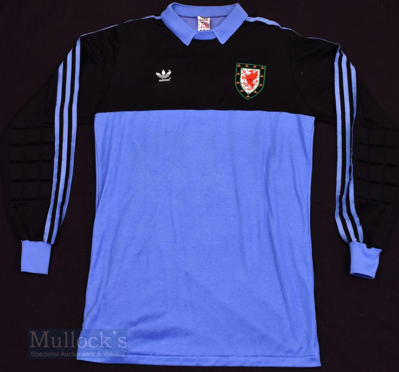 TIMED SALE Classic Football Shirts & Memorabilia