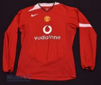 """2004/06 Manchester United Home football shirt size 42/44"""", Nike, in red and white, long sleeve"""