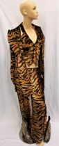 VELVET GOLDMINE (1998) - MANDY SLADE'S TIGER PRINT SUIT AND GOLD SEQUINNED BOOTS - PLAYED BY TONI