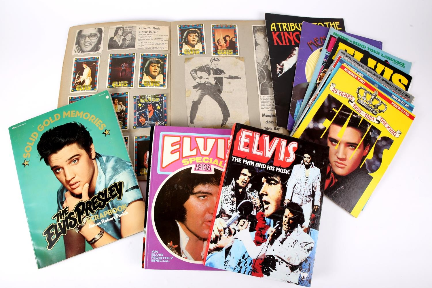 Elvis Presley. A collection of annuals and magazines about Presley together with a scrapbook