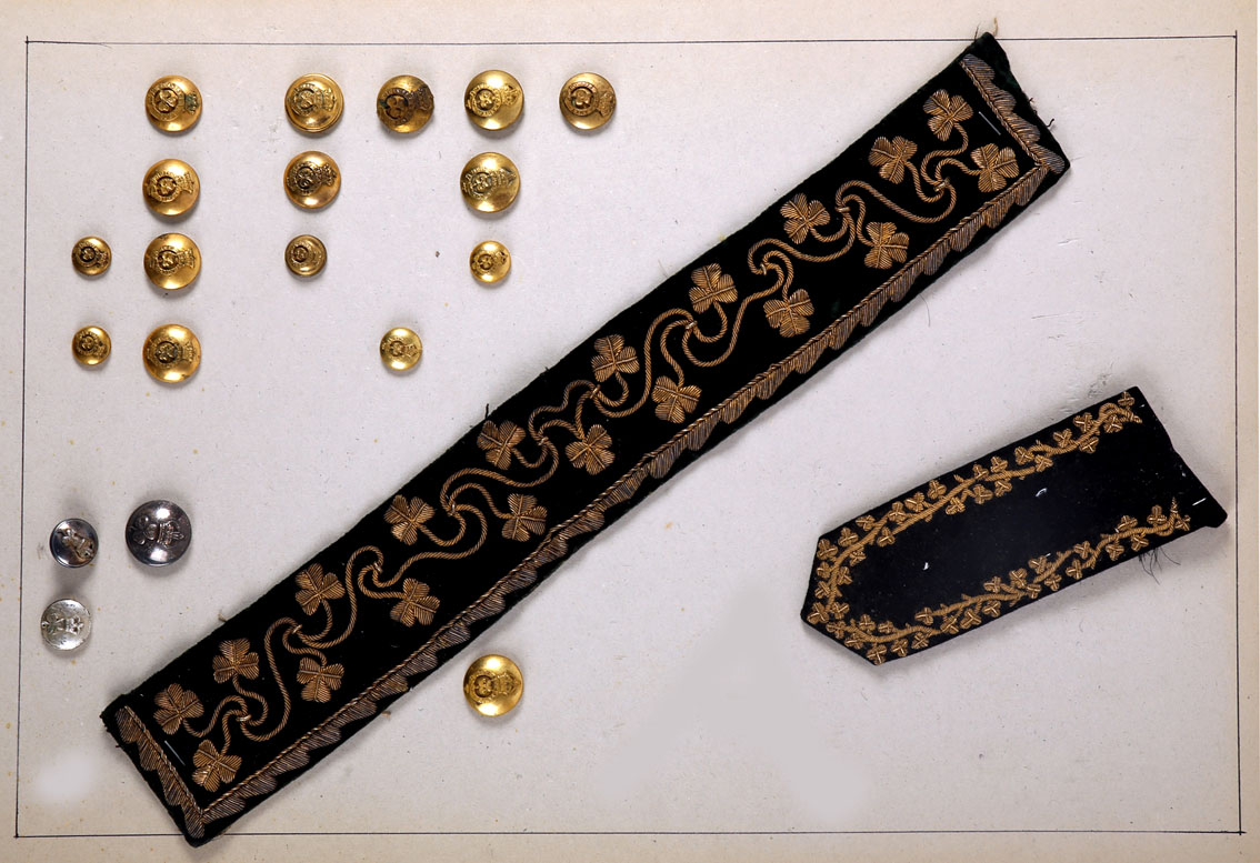 Lord Lieutenant of Ireland, a collection of 19th and 20th century buttons and uniform parts. - Image 2 of 2