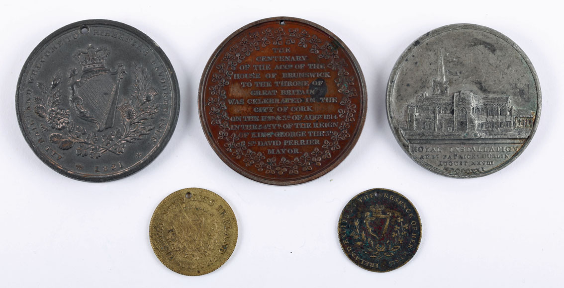 1814-1821 Medals commemorating royal visits to Ireland. 1814, copper medal, laureate bust of - Image 2 of 3