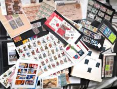 Stamps : Boxfile - good mixture incl GB 1d Reds 18