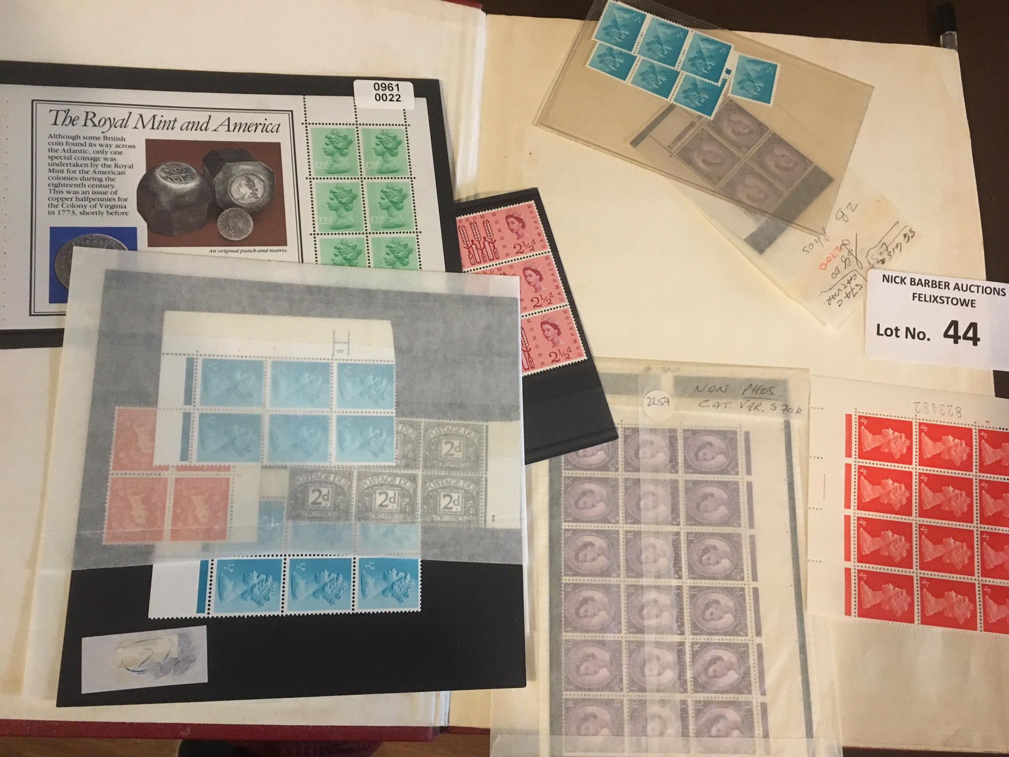 Stamps : GB stockbook of definitives/machins varia - Image 2 of 4