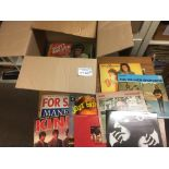 Records : Box of mainly 1960's albums inc Kinks, M