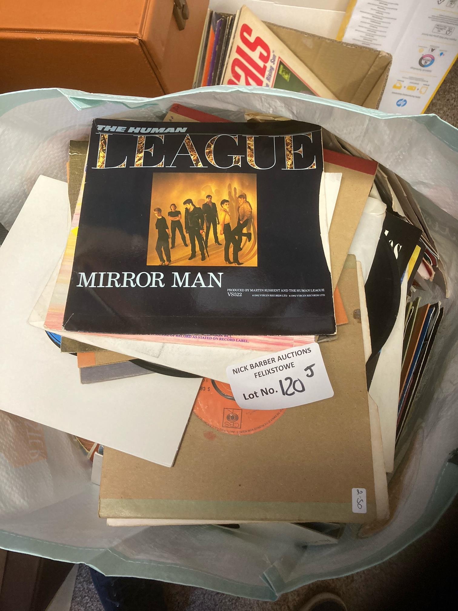 Records : Large bag of 250 mixed singles, good nam