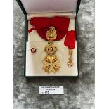 Militaria : Italian Order with neck ribbon, in box