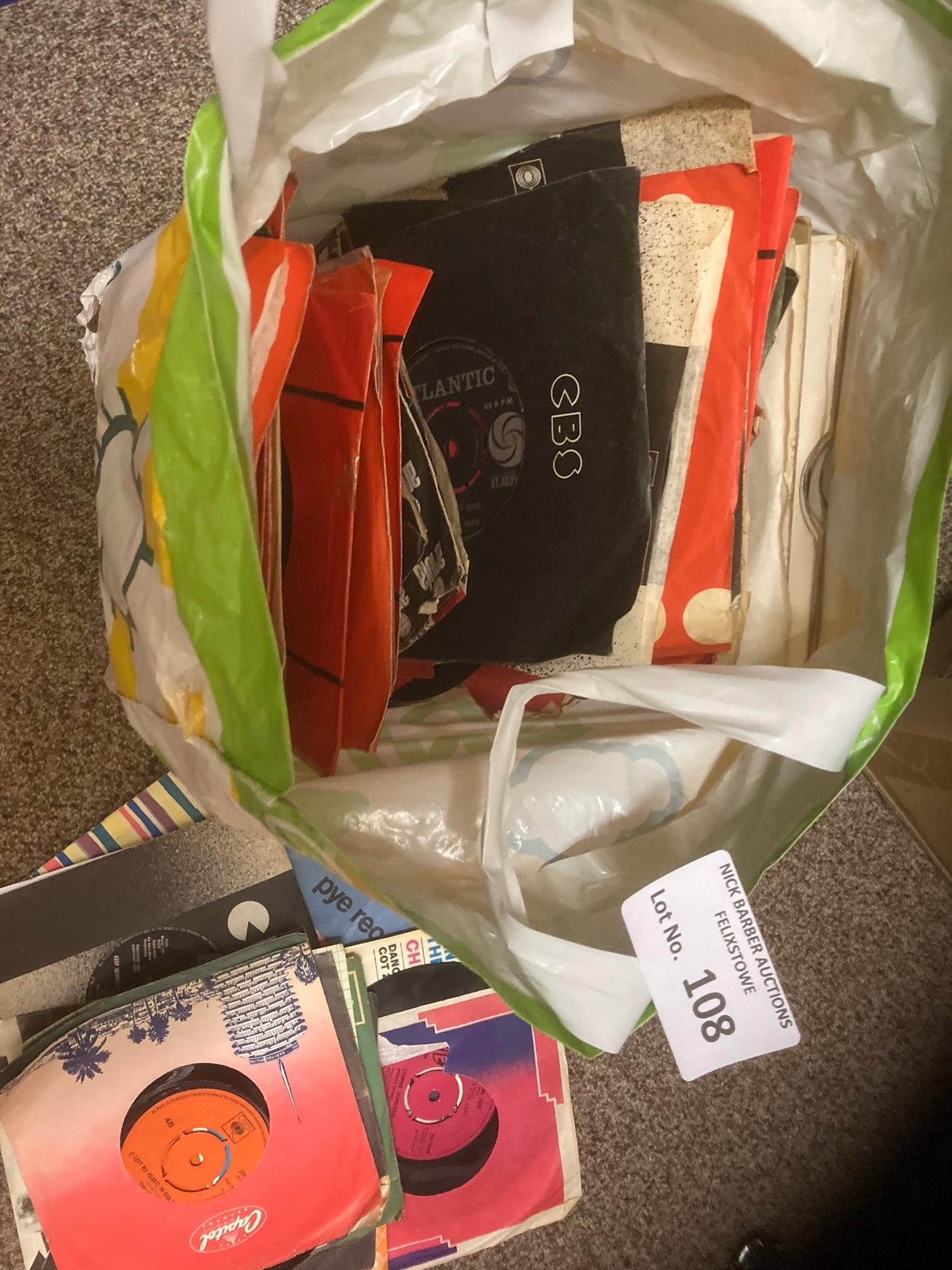 """Records : A large bag of 250 7"""" singles mixed lot"""