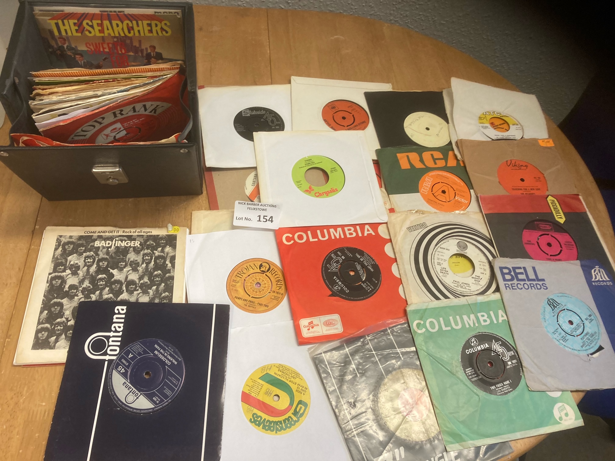 Records : Case of 45's inc many rarities inc Pink - Image 3 of 3