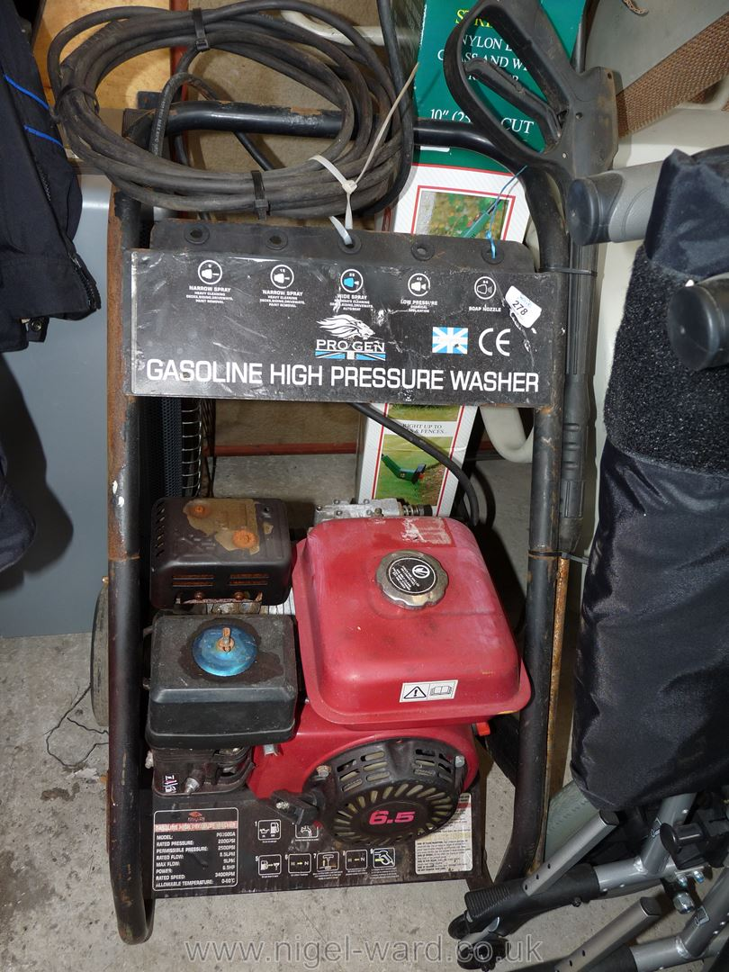 Petrol high power Pressure Washer. - Image 5 of 10