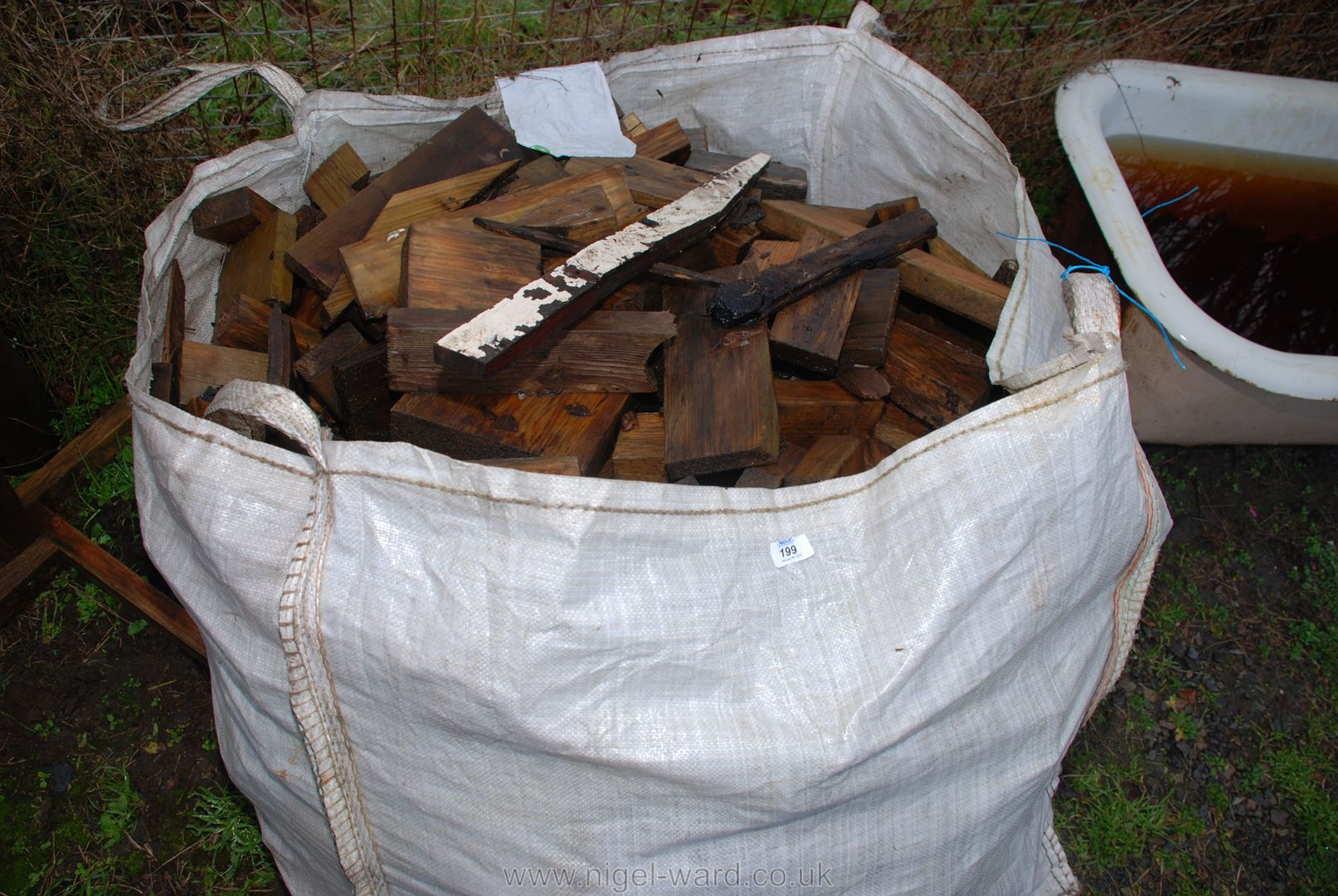 A builders' bag of various timber off cuts for firewood.