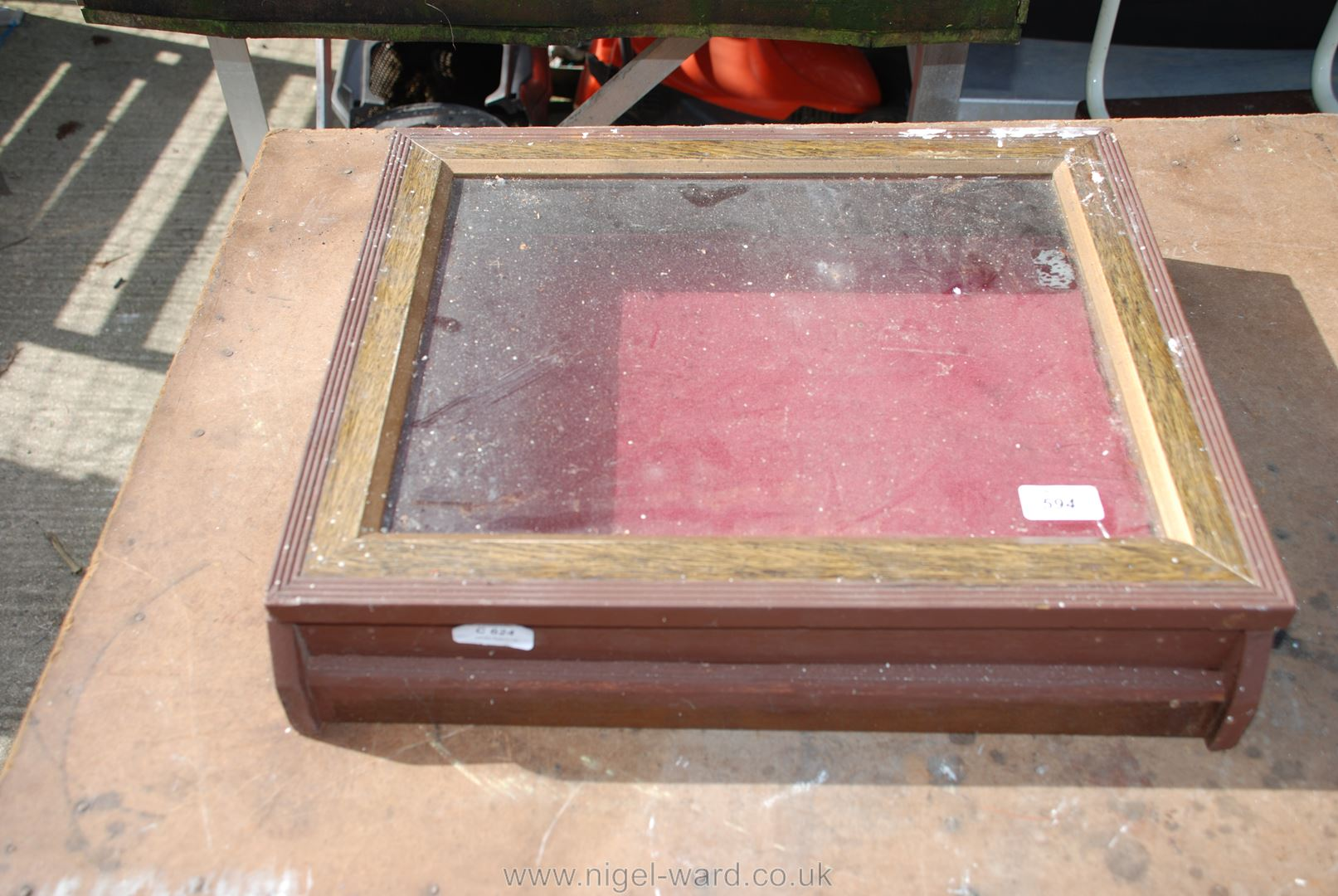 """Glass topped display case 18 1/2"""" x 16"""" x 4""""."""