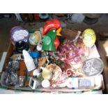 Quantity of miscellanea to include; Kellogg's clock, pot pourri vase, cupboard door knobs, etc.