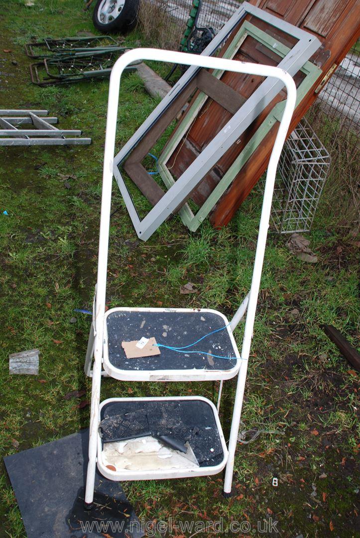 Two step handy ladder