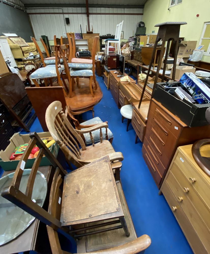 Online Only April-May Auction of Modern Effects and Bric-a-Brac