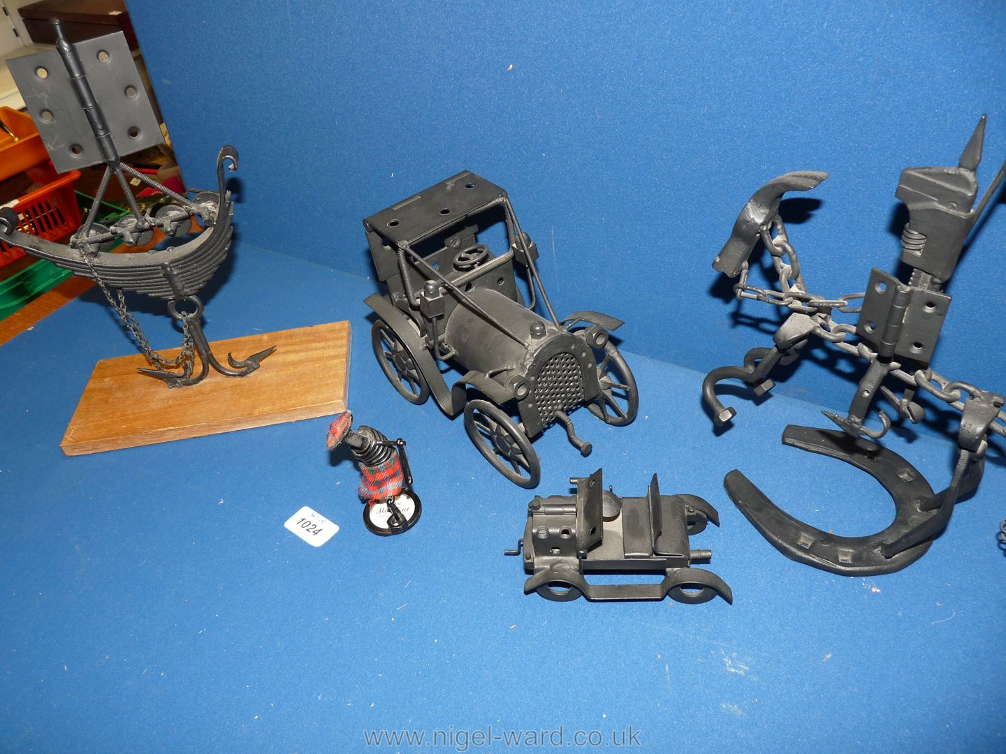 Five metal sculptures made from scrap metal in the form of a ship, knight on horseback, vintage car, - Image 2 of 2